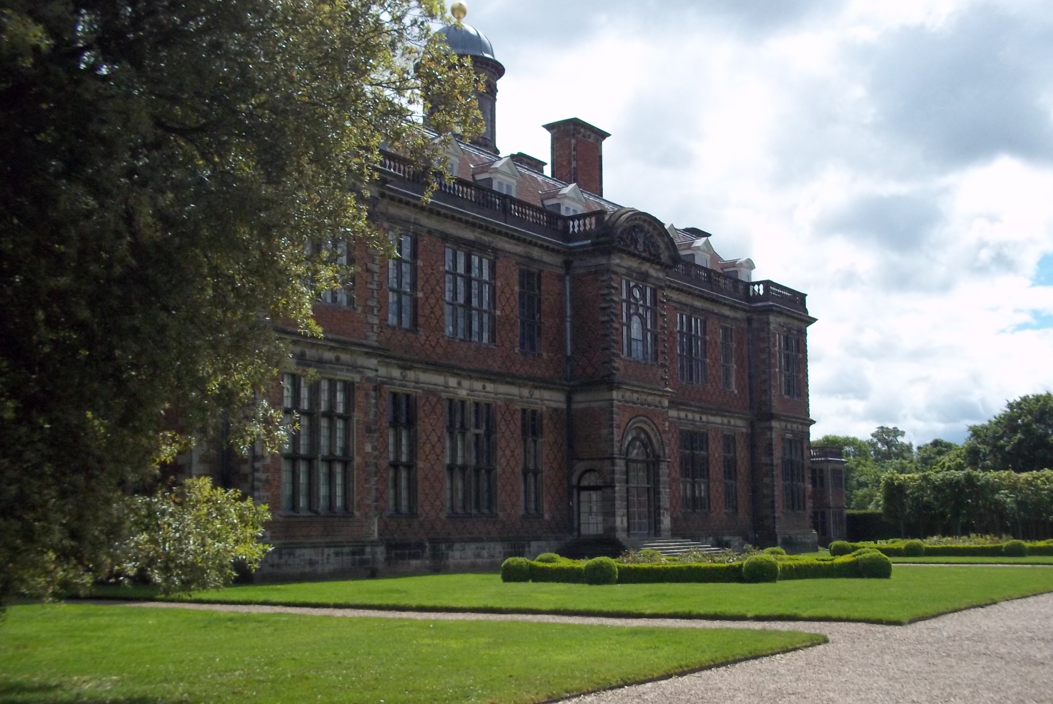 The magnificence of the Dunstall mansion in Staffordshire