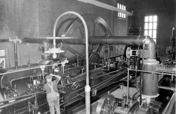 Pipe Hill Pumping Station in 1968 Two Horizontal Tandem Compound Pumping Engines - Hathorn Davey & Co Ltd, Leeds - 1904  & Ashton Frost & Co Ltd, Blackburn - 1915.   An image from Peter Ellis's  album of stationary engines at ellisdesign.jalbum.net