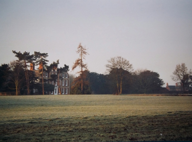 Ogreave Hall and Keepers Cottage in the 1990s. Vegetation and fencing has proliferated, and the two buildings are no longer simultaneously visible.